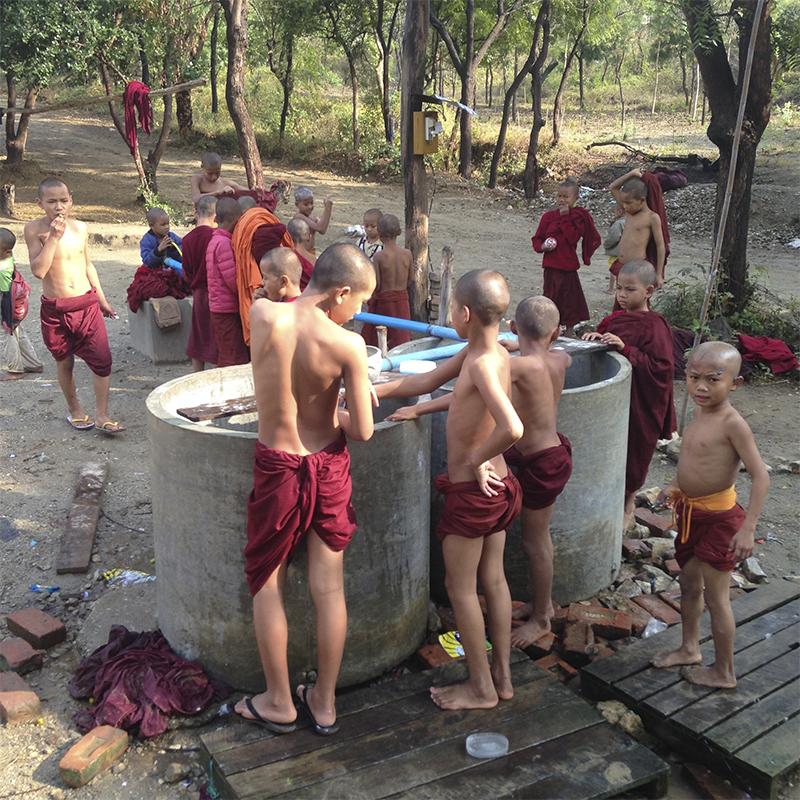 baño-little-buddhas