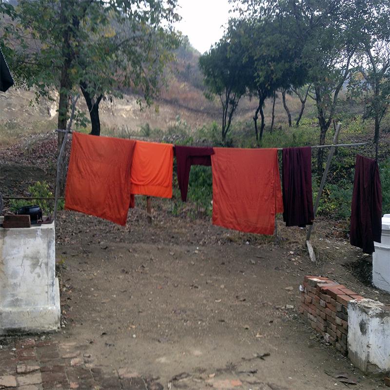 ropa-de-los-monjes
