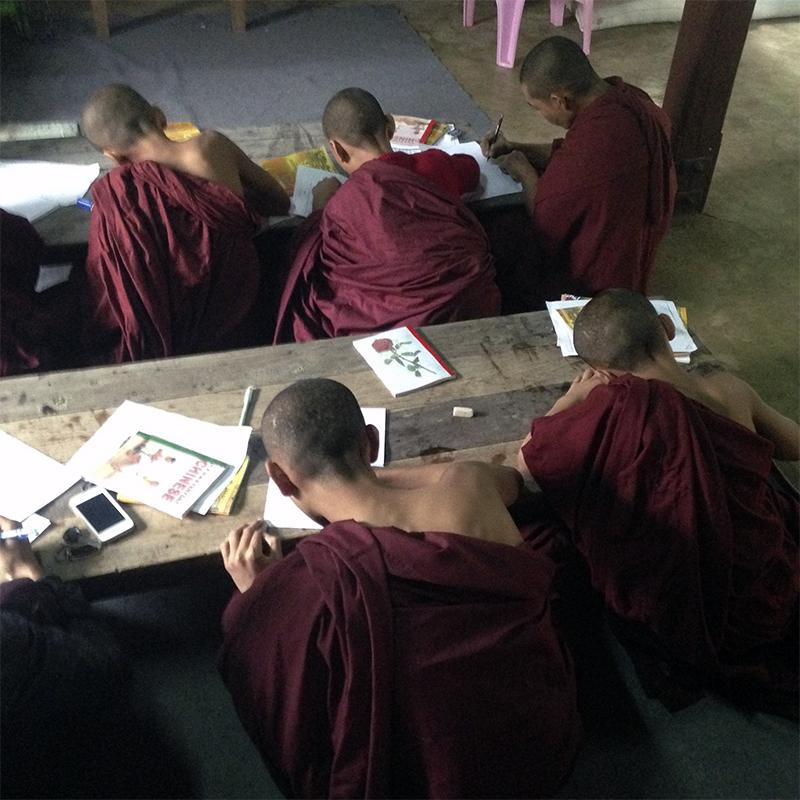 monasterio-escuela